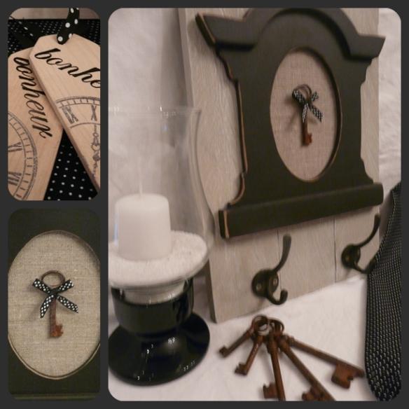 lucarne noire sur bois brut avec crochets pour clef