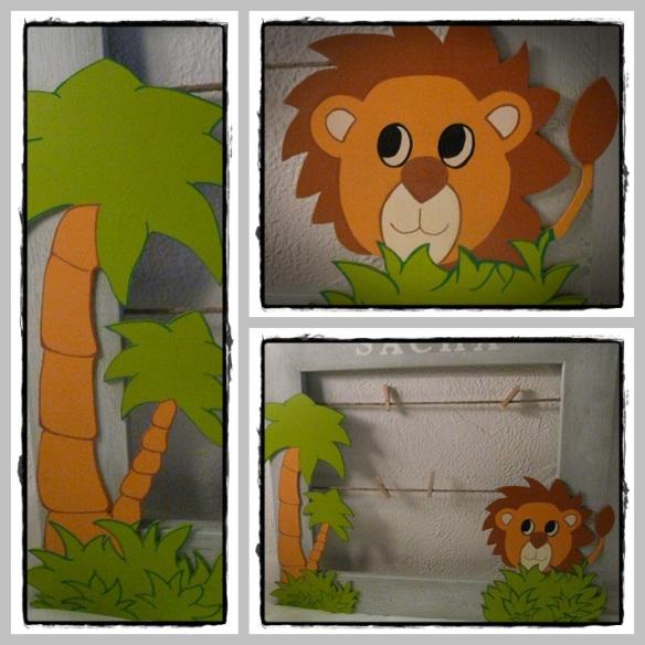 cadre avec lion et palmier
